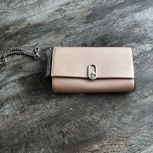 Nine West clutch purse handbag Nwt rose gold